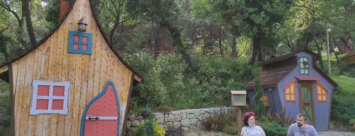 Hobbit Evleri is one of İstanbul gezi.