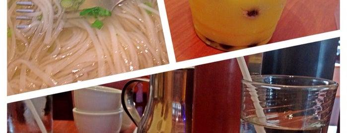 Pho Thi Noodle Soup Restaurant is one of Ben'in Kaydettiği Mekanlar.