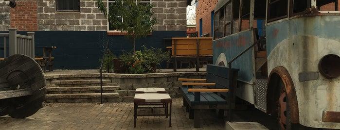 Davis Street Espresso is one of Lugares favoritos de Allie.