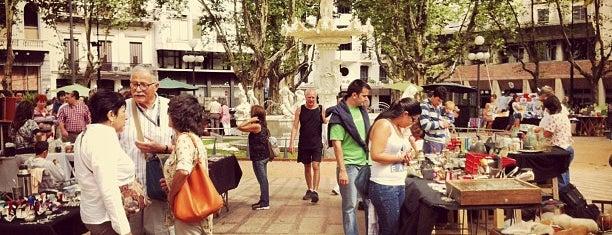 Plaza Matriz is one of Lugares donde estuve en el exterior.