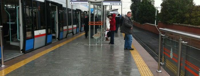 Cevizlibağ - A.Ö.Y. Tramvay Durağı is one of Mehmet Ali'nin Beğendiği Mekanlar.