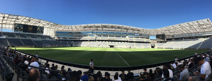 Banc of California Stadium is one of Orte, die Sara gefallen.