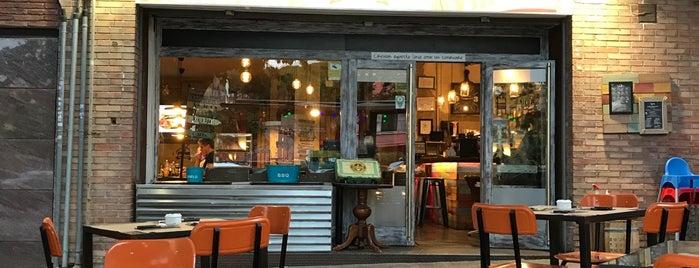 cafe vintage is one of Maresme.