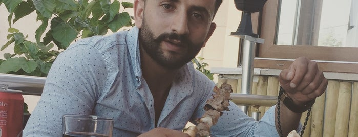 buyukcekmece Cag Kebabi is one of Posti che sono piaciuti a Cengiz.