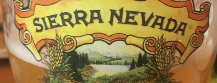 Sierra Nevada Taproom is one of Alejandroさんのお気に入りスポット.