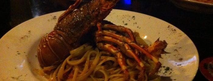 Amici Ristorante & Pizzeria is one of Eva'nın Beğendiği Mekanlar.
