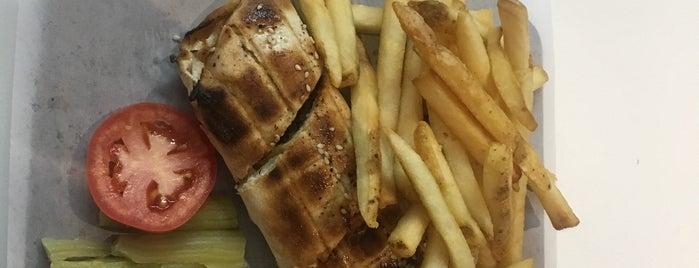 Beiruti Grand Cafe is one of Posti che sono piaciuti a Matt.