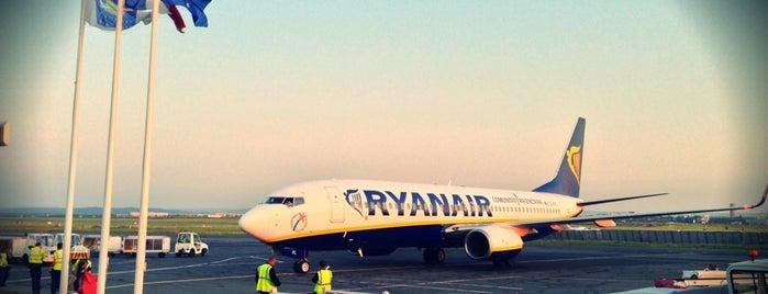 Aéroport de Paris-Beauvais-Tillé (BVA) is one of Part 2~International Airports....