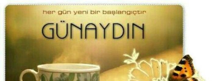 Friends Kuaför Nişantaşı is one of Posti che sono piaciuti a Semra.