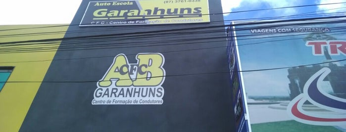 CFC Garanhuns is one of สถานที่ที่ Rodrigo ถูกใจ.