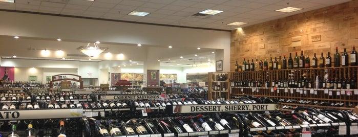 Jacob Liquor Exchange is one of Posti che sono piaciuti a Robyn.