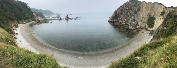 Playa del Silencio / Gavieiro is one of Krzysztof 님이 좋아한 장소.