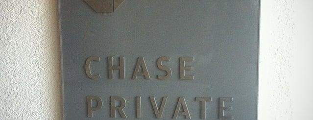 Chase Bank is one of Aliciaさんのお気に入りスポット.