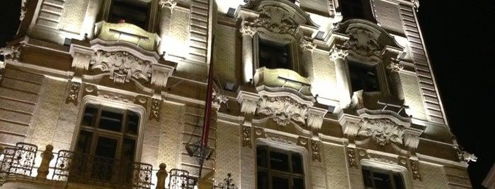 Buddha-Bar Hotel Budapest Klotild Palace is one of Buddha-Bar.