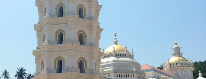 Shri Mangesh Temple is one of Goa.