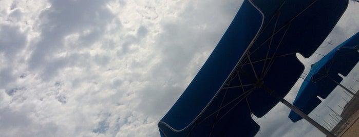 chiringuito Ona Beach is one of Posti che sono piaciuti a enrico.