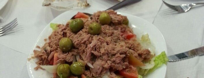 Nuevo Hermanos Tomilleros is one of Restaurantes pendientes.
