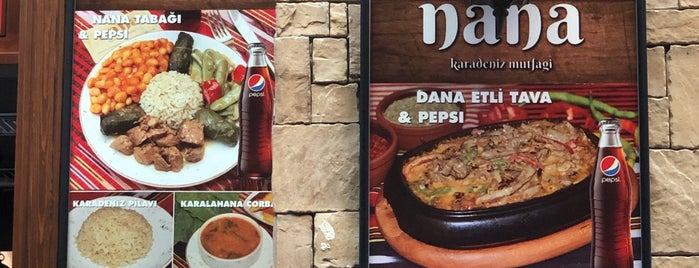 Nana Karadeniz Yemekleri is one of Locais curtidos por Fatih.
