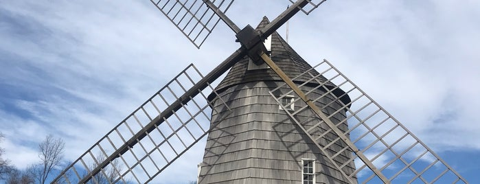 Hook Windmill is one of Lieux qui ont plu à Charles.