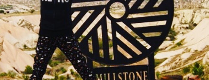 Millstone Cave Suites is one of Orte, die Tulay gefallen.