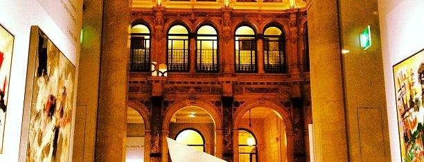 deCanto - Cafeteria Gallerie d'Italia is one of Posti salvati di Bahareh.