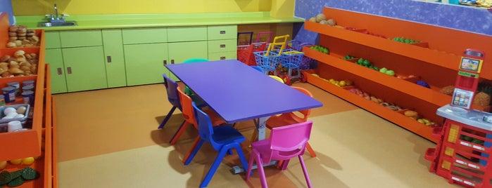 kids KIDS is one of Tempat yang Disukai Lau.