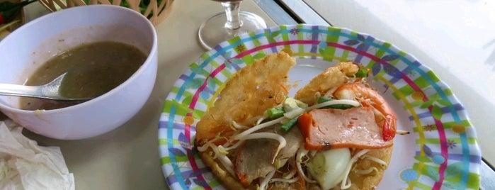 Bánh Khoái Hồng Mai is one of vietnam.