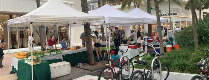 Lincoln Road Farmer Market is one of Miami.