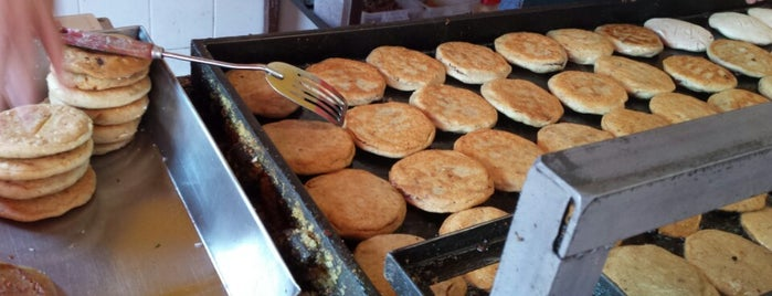 Gorditas y Carnitas Zacazonapan is one of M14.