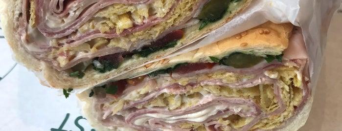Bamahas Sandwich | ساندویچ باماهاس is one of สถานที่ที่ Bahman ถูกใจ.