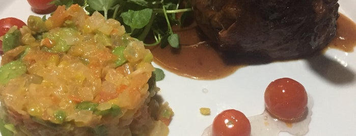 Restaurant Los Vikingos is one of Franciscaさんのお気に入りスポット.
