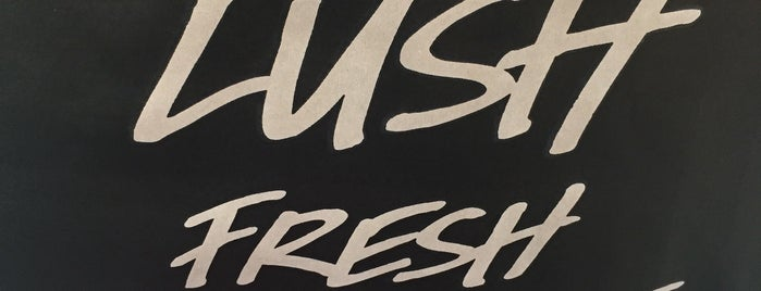 Lush is one of Franciscaさんのお気に入りスポット.