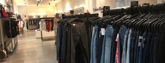 Calvin Klein Jeans Outlet is one of Outlets.