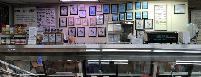 Corralitos Market & Sausage Company is one of Lugares favoritos de Tanya.