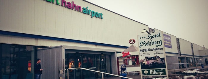 Frankfurt Hahn Airport (HHN) is one of Tonyさんのお気に入りスポット.