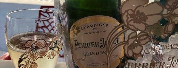 Bar Parisien is one of Orte, die Kristof gefallen.