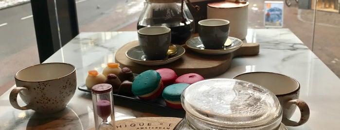 Chique O Latte is one of Nederland 🇳🇱.