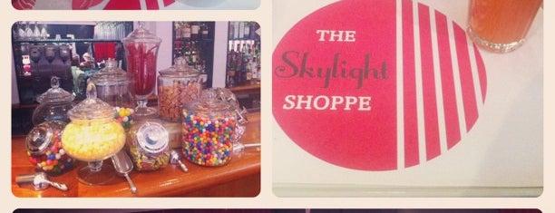 The Skylight Shoppe is one of Tempat yang Disimpan Hara.