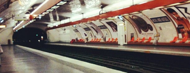 Métro Michel-Ange – Auteuil [9,10] is one of Went before.