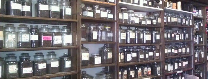 Old Town Coffee, Tea and Spice is one of Exploring Alexandria.