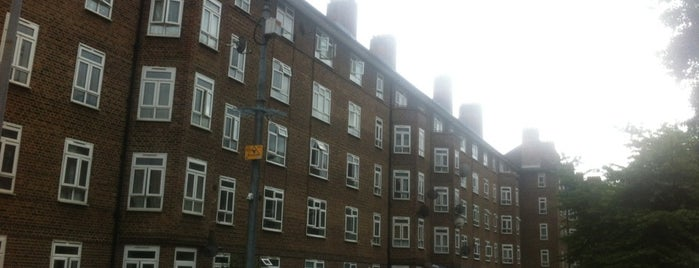 Kingsmead Estate is one of Spring Famous London Story.