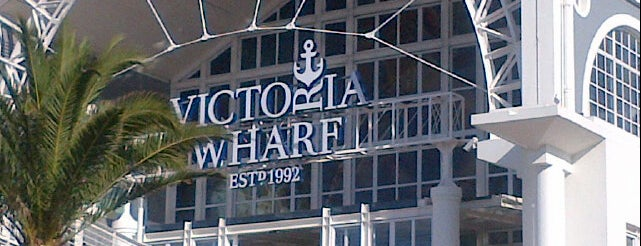 V&A Waterfront is one of Südafrika.
