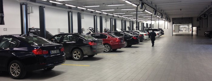 OTOMOL BMW Borusan Otomotiv Yetkili Servisi is one of Belgin'in Beğendiği Mekanlar.