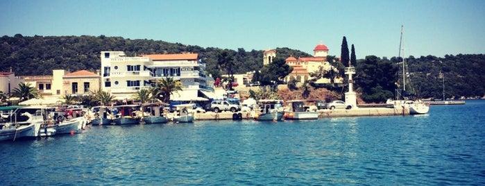 Παραλία Παλαιάς Επιδαύρου is one of Posti che sono piaciuti a Panagiotis.