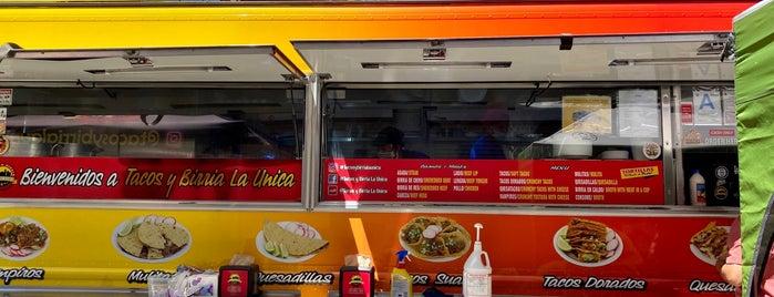 Tacos Y Birria La Unica is one of Posti salvati di Brigitte.
