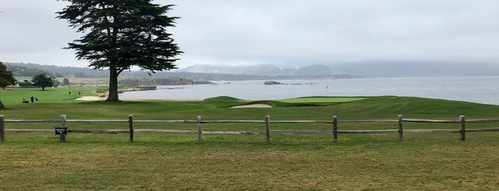 Pebble Beach Golf Links is one of Posti che sono piaciuti a Vinhlhq2015.