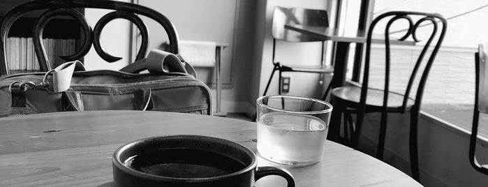 KNOCK COFFEE is one of Free Wi-Fi in 埼玉県.