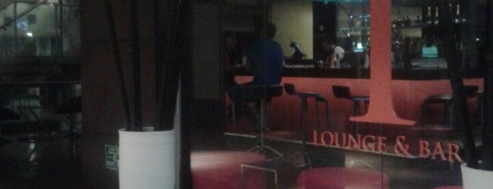 Tlounge & Bar is one of Lieux qui ont plu à Jean Carlos.