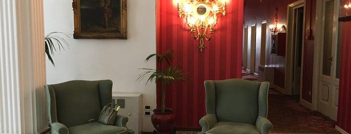 Palace Hotel Viareggio is one of Posti che sono piaciuti a Katia.