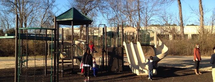Aspen Grove Park is one of Lugares favoritos de Trevor.